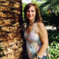 Tina Azzano, RYT 200